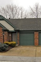 9745 E. River Oak Ln., Fishers, IN, 46038