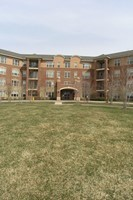 2700 Summit, 211, Glenview, IL, 60025