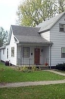 107 West Indiana Ave., George, IA, 51237