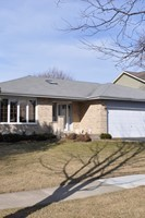 140 Courtney Lane, Cary, IL, 60013