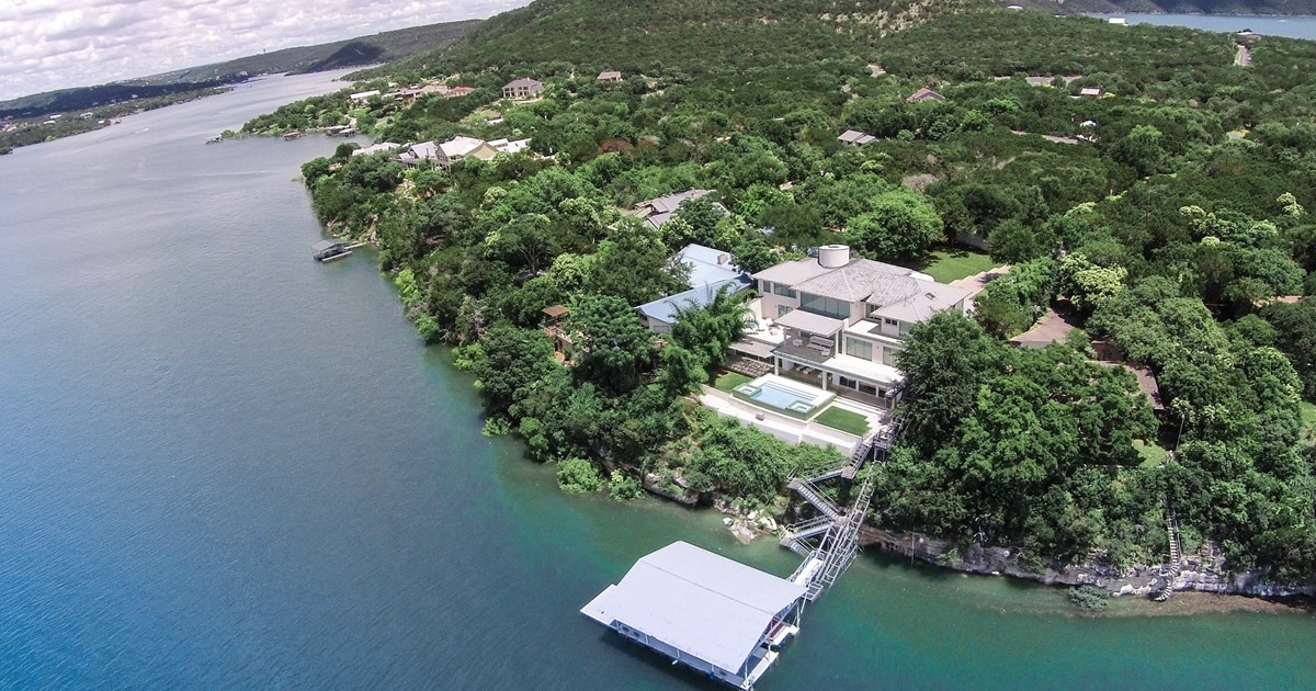 contemporary waterfront estate on lake travis 14515