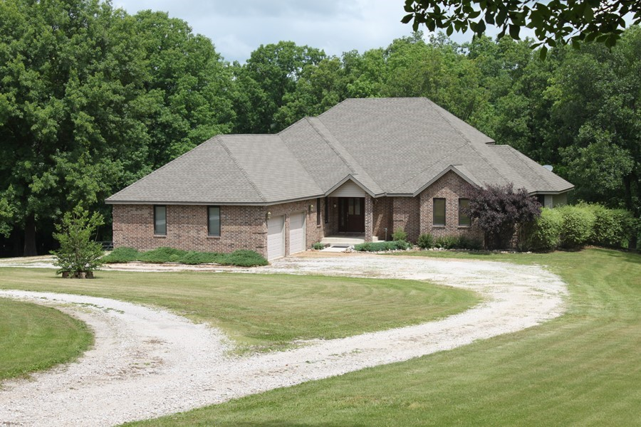 ARK108: Beautiful Home with Acreage!