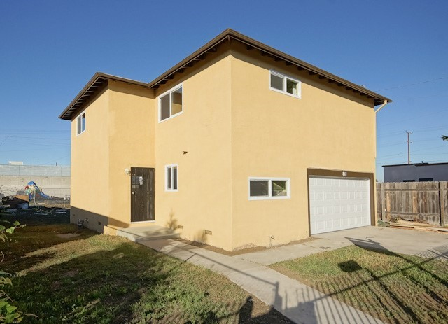 Single Family Residence, Traditional - Compton, CA