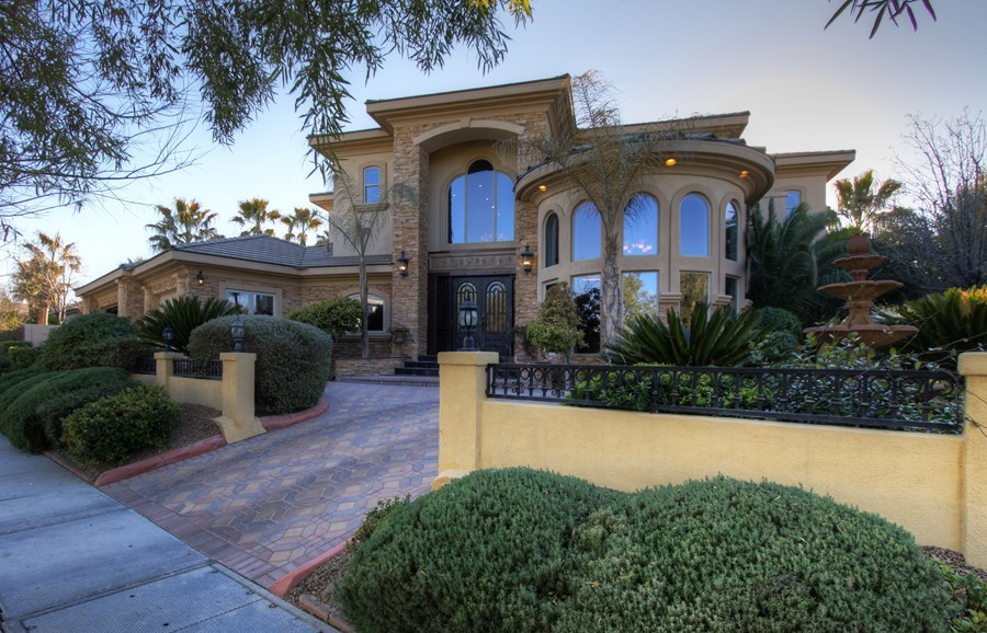 Stunning Basement Home in Guard Gated Summerlin Community
