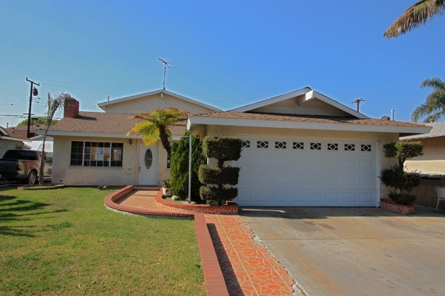 Single Family Residence - Downey, CA