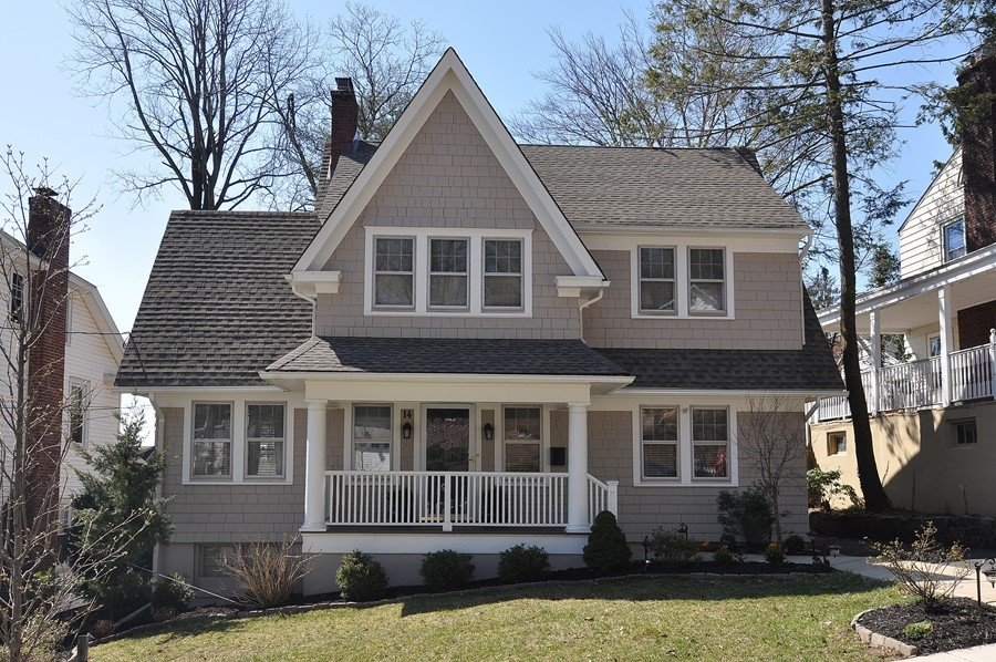 Pristine Colonial with Many Updates Near NYC Transportation
