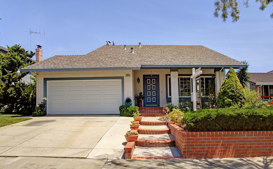 Beautiful well kept family home in Fremont