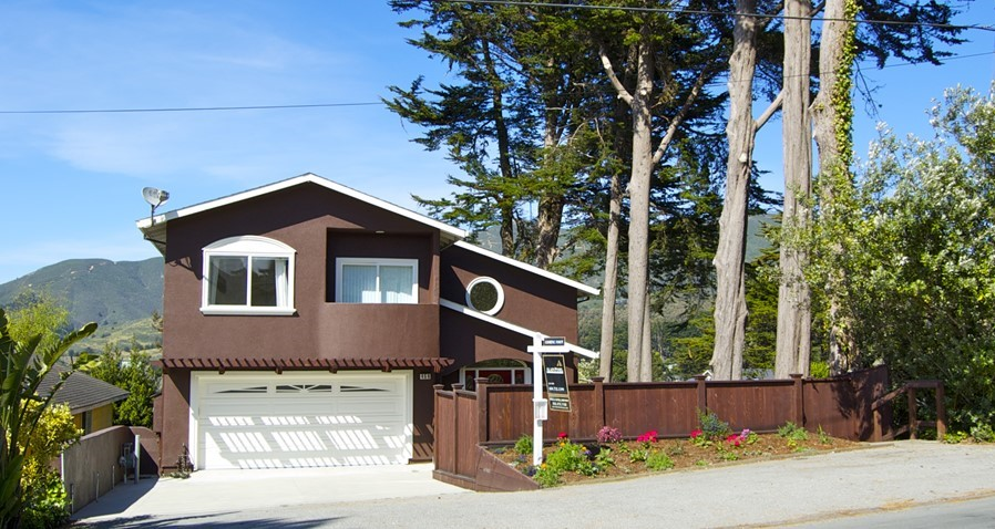 Pristine with Stunning Views of Ocean and Montara Mountain