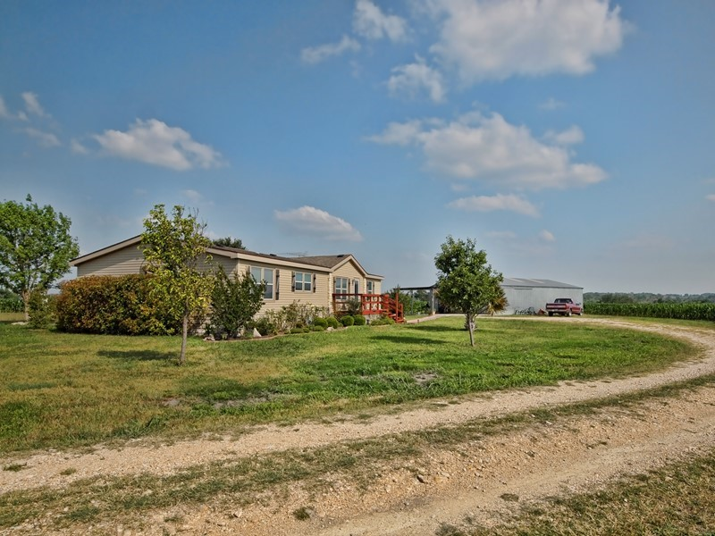 Enjoy Country Living on Your Own 10 Acres!