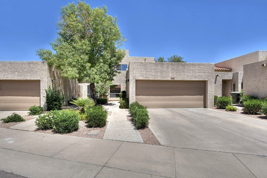 Beautiful Golf View Patio Home!