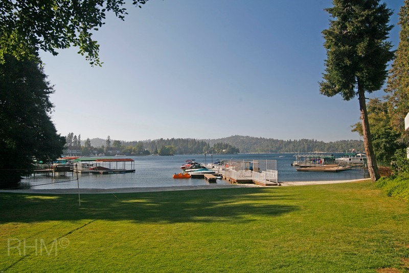 Single Family Residence - Lake Arrowhead, CA