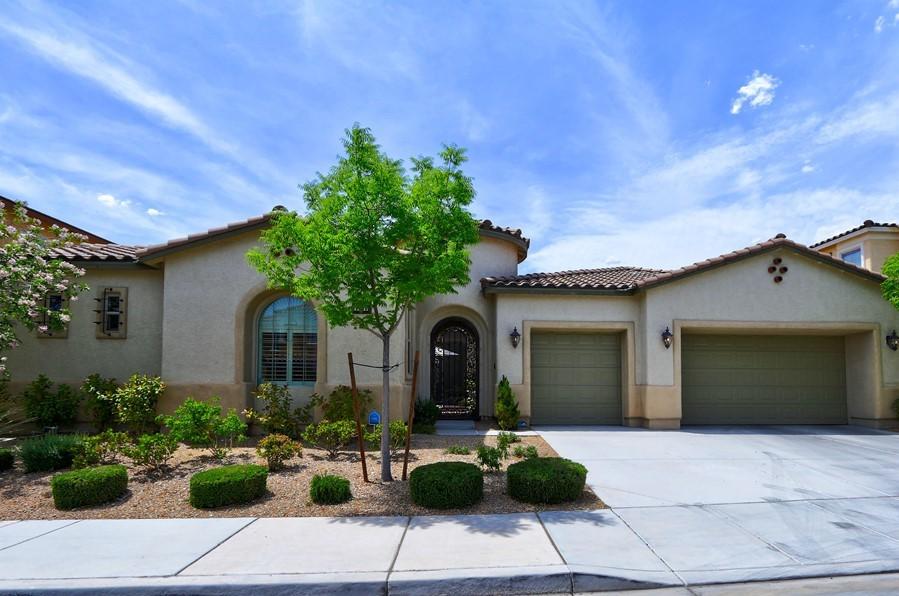 6859 desert island st las vegas nv 4555839841 single family homes for sale on oodle