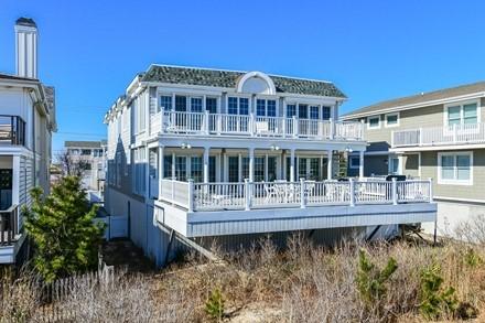 Luxury Oceanfront Home in Fenwick Island